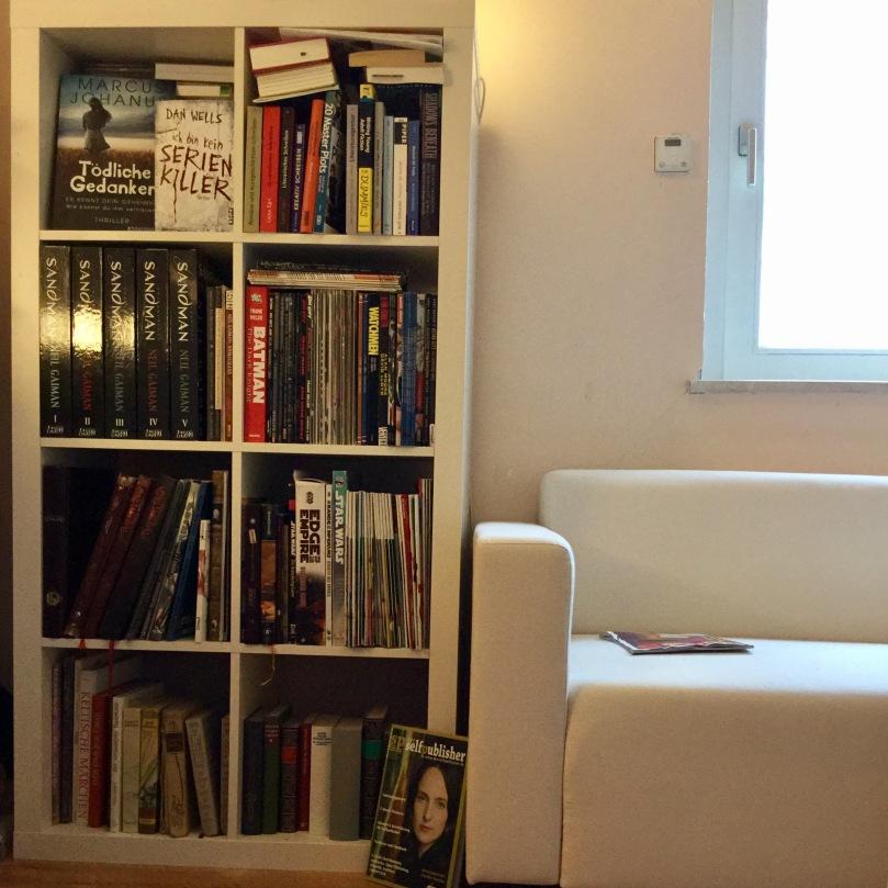 Challenge: 31 Tage Autorenwahnsinn, Tag 25 - mein Bücherregal