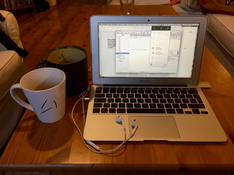 Challenge: 31 Tage Autorenwahnsinn, Tag 6 - Was beim Schreiben nicht fehlen darf